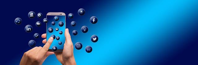Smartphone Social Network Icon  - geralt / Pixabay